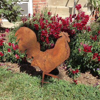 Rooster Garden Stake or Wall Hanging / Garden Art / Chicken / Hen / Metal / Rustic / Metal / Lawn Ornament / Garden Decoration / Yard Art