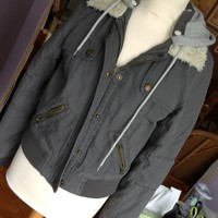 American Eagle detachable hood bomber jacket M