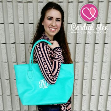Lisa Shoulder Totes