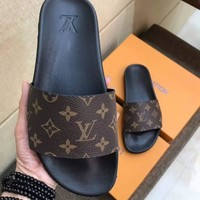 LV Louis Vuitton Men Flip Flop Sandal Slipper-13