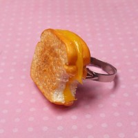 Grilled Cheese Sandwich Ring