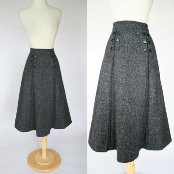1950's A line skirt in black wool w/ rainbow color fleck, high waist skirt with pleats and button rows, tea length winter skirt, Large US 10