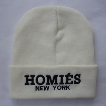 HOMIES NEW YORK Beanie Warm Winter Unisex Fashion Embroidered Knitted Womens & Mens White Cuffed Skully Hat