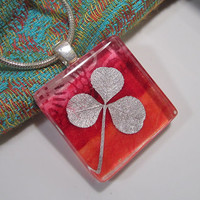 Clover Leaf Necklace, leaf jewelry, clover jewellery, plant jewelry
