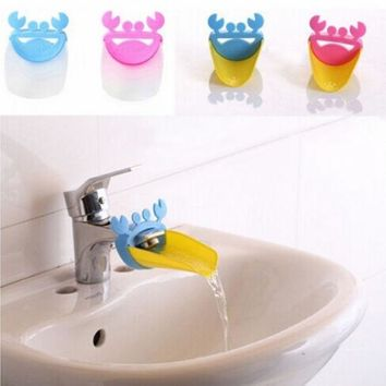 PEAPUG3 Faucet Extender Children Guiding Gutter for Kid Hand Washing Faucet Accessories Bathroom 1pcs = 1945881028
