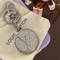 Louis Vuitton LV New Silver Metal Keychain with Diamonds