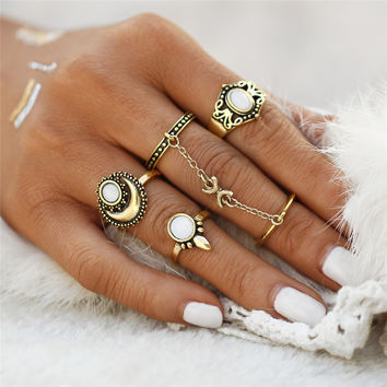 2017 5PCs/set Vintage Boho Steampunk Sun Moon Pattern Stone Midi Ring Sets for Women Finger Knuckle Link Chain Rings  0527