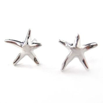 Classic Small Starfish Star Shaped Stud Earrings in Silver | DOTOLY