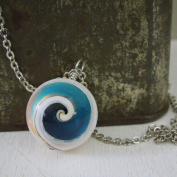 Blue Shell Ball Necklace - Round Conch Shell Tip With Blue Color Resin Spiral Beaded Pendant Necklace Silver Chain