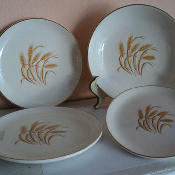 Golden Wheat Homer Laughlin 1950s Dishes Duz Detergent Free Giveaways 22K Gold Trim Set of Four Cottage Chic Mixed Sizes Retro Collection