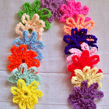 Crochet Flower Applique, Spring Daisies, Flower Motifs, Embellishments for Hats, Scarves, Afghans, Flip-Flops, Hair Clips, Set of 14