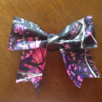 Muddy Girl Camo Cheerbow