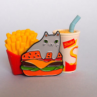 Burger Cat enamel lapel pin - Cat pin - Enamel pin - Enamel cat pin - I like cats - Cat lapel pin - Burger pin - Cat gifts - Cats - Cat