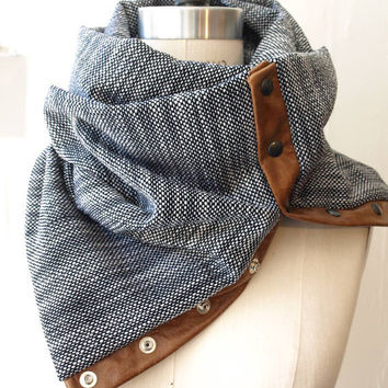 Navy  and white  circular infinity scarf