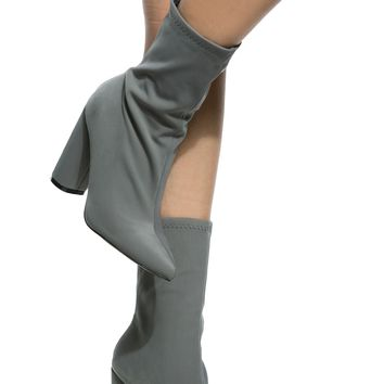 Grey Woven Chunky Ankle Booties @ Cicihot Boots Catalog:women's winter boots,leather thigh high boots,black platform knee high boots,over the knee boots,Go Go boots,cowgirl boots,gladiator boots,womens dress boots,skirt boots.