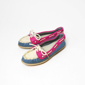 Vintage 80s Classic Boat Shoes in Raspberry, White & Blue - 5.5