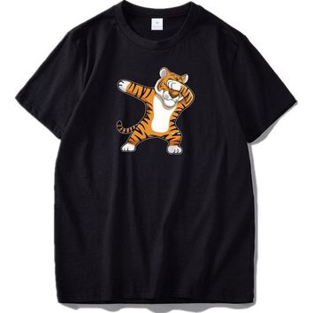 Anime T-shirt graphics Dabbing Tiger T shirt Unisex Anime Cat Dance Summer Tops Homme High Quality Fashion Cotton Funny Shirts US Size AT_56_4