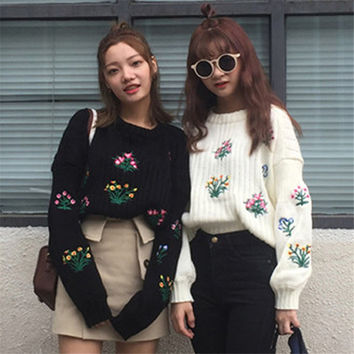 Fashion Flower Embroidery Women Sweaters Korean Autumn New Arrivals Casual Knitwear Long Sleeve O-neck Loose Pullovers 62955