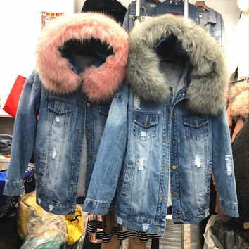 Mooirue Winter Women Denim Jacket Coat Faux Fur Collar Fleece Hooded Stright Korean Lamb Holes Coat Feminino Blue Casual Coat