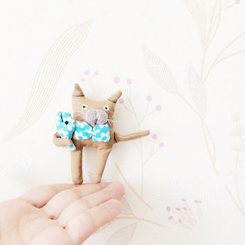 Blythe Doll cat, OOAK cat Miniature, OOAK doll, art doll, stuffed cat doll, cat toy, cat bookmark