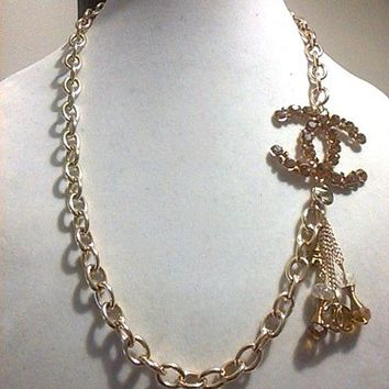 "Superb 22"" Designer Runway Gold-Tone Statement Thick Chain Necklace"