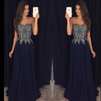 A-line Sweetheart Neck Lace Appliqued Black Chiffon 2016 Prom Dress APD1672
