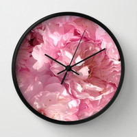 Curves Wall Clock by Yilan Wang