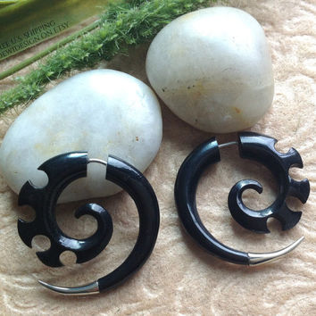 "Fake Gauges, ""Jagged Spirals"" Horn, Silver Tips, Natural, Handcrafted, Tribal"