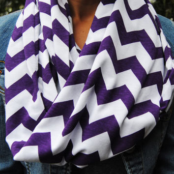 PURPLE CHEVRON SCARF, plum infinity scarf, fall infinity scarf, t-shirt scarf, Circle scarf, loop scarf, autumn fashion, fall style