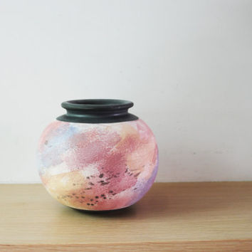 Vintage pink vase, pink lilac, earthenware, ball shaped vase with black rim and base, Greek pottery, colorful vase, early eighties