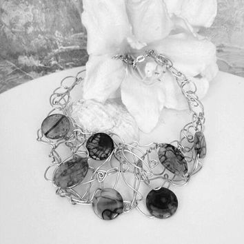 Dramatic wire work and beads neclace,Handmade wire neclace,Black beads wire necklace