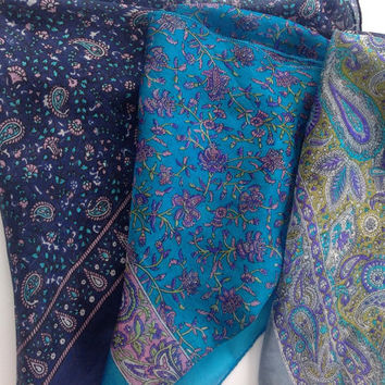 Paisley Silk scarf, Lightweight bandana, Men pocket kercheif, Blue pasley scarf, Idia Silk Scarves, Gift for Boss, Holiday gift for him