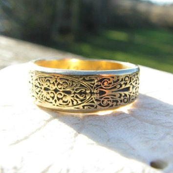 Vintage Mens Wedding Band, Intricately Carved Solid 18K Gold Ring, Orange Blossom, Hand Engraved, 7.45 grams