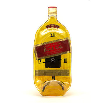 Jonnie Walker - Red Label whisky recycled bottle clock - Recycled Jonnie Walker yellow melted bottle clock - Gift for him - christmas gift