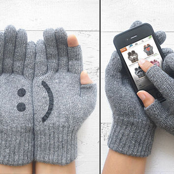 VALENTINE'S DAY Gift, Texting Gloves, Smart Phone Gloves, Gray Gloves, Grey, Smiley, Technology, Special Gift, Unisex Gift, Lover Gift, Men