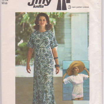 Vintage 1970s Jiffy Knits pattern for floor length caftan/pullover top with kimono sleeves misses size medium 12 14 Simplicity 6922 UNCUT