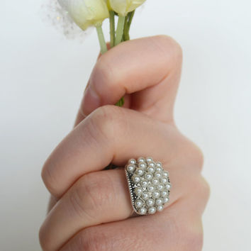 ivory pearl adjustable ring tibetan silver plated wedding bridesmaids gifts birthday gifts