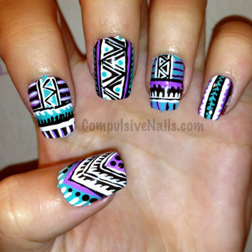 Tribal Fringe Fake Nails FOLLOW MEE!
