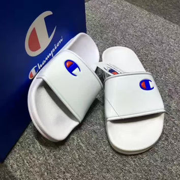 CHAMPION: Casual Fashion Women Sandal Slipper Shoes