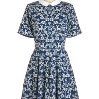 Yumi Quirky Mid-length Short Sleeves A-line Heartwarming Habitat Dress