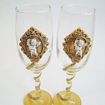 Cupids glasses, Gold glasses, Original gift bride and groom, Champagne, Glasses of love, Antique gold decoration, Handmade and painting