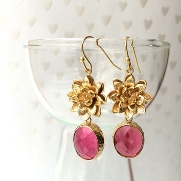 Fuchsia earrings - golden lotos earrings with fuchsia stones - Bridesmaid jewellery - Floral earrings -Evening jewelry