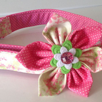 Pretty Green & Pink Floral Collar with Matching Flower for Female Dog