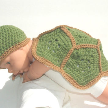 Turtle Critter Cape, Newborn baby girl, infant new baby, crochet animal outfit, green, brown, costume, photo prop, baby beanie, hat