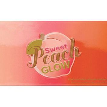 Womens Fashion Too Faced Sweet Peach Glow Highlighting Palette
