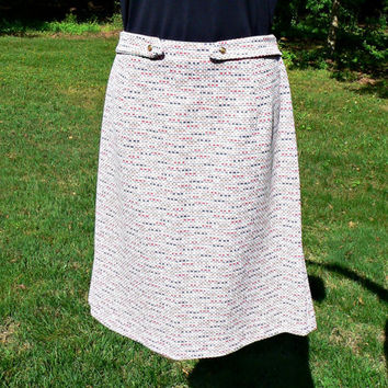 1960's Double-Knit Vintage Skirt - Knee Length - White w/ Red, Navy, Gold Geometric Designs - Mod - Cute & Retro! - Women's Size 15 / 16