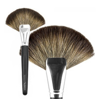 Classic Fan Brush Natural