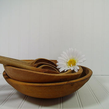 Vintage Wooden Decor Bowl - Primitive MidSize Hand Made Oval Bowl with Natural Knot Hole - Rustic Hand Crafted Challenged Wood KitchenWare