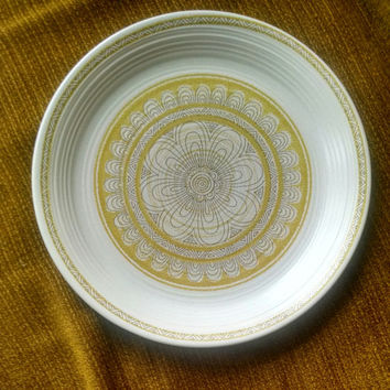 1960s Vintage Franciscan Hacienda Yellow Dinner Plate