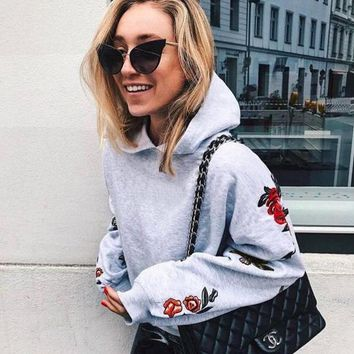 Womens Embroidery Pullover Sweater Hoodies +Gift Necklace
